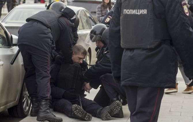 São Petersburgo: Desativada bomba em apartamento de amigos de suspeito de atentado