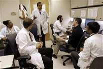 «Falhas de centros de saúde entopem urgências» - Correio da Manhã