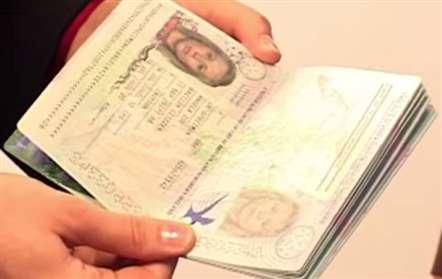 Assinado acordo de facilitação de vistos com Angola