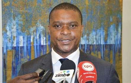 Moçambique precisa de «dinamizar o processo de industrialização»