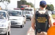 O homem foi apanhado pela polícia quando esta se apercebeu que o carro seguia de uma forma estranha (Foto: astran.org.br)