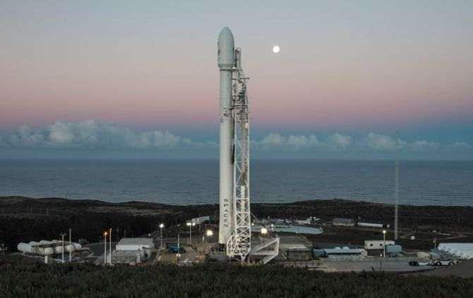 SpaceX retoma lançamentos com foguete Falcon 9 após acidente