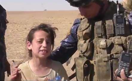 «Obrigada, obrigada, queria beijar-vos os pés» - Aysha, 10 anos, resgatada em Mossul