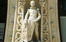 Estátua D. Sebastão (foto Wikipedia)