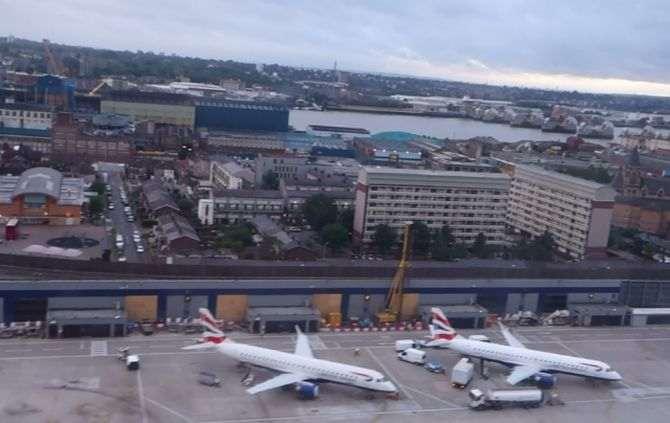 Aeroporto de Londres é evacuado por