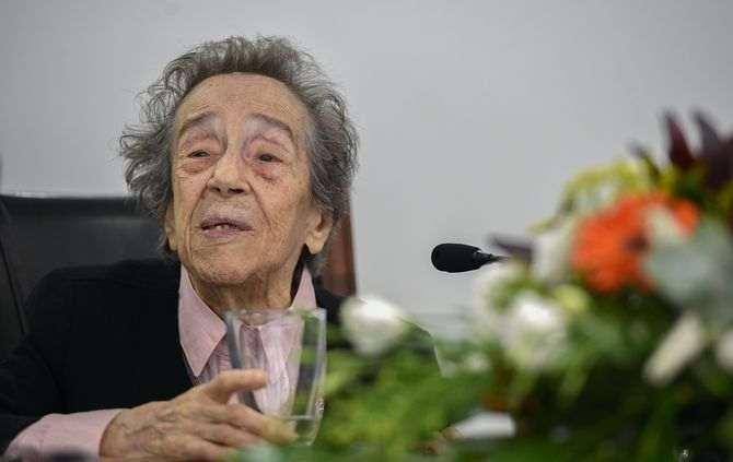 Morreu Manuela Azevedo,