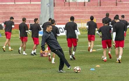 Bruno Saraiva já orientou o treino desta terça-feira