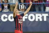 Ivan Santini marcou o primeiro golo da noite