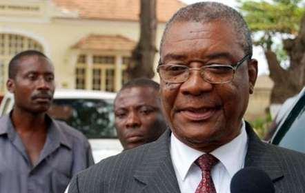 Evaristo de Carvalho em Brasília para receber a presidência  da CPLP