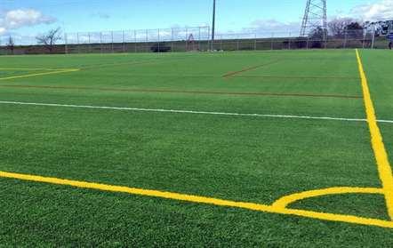 FIFA instala relva sintética no Estádio Regional 13 de Junho
