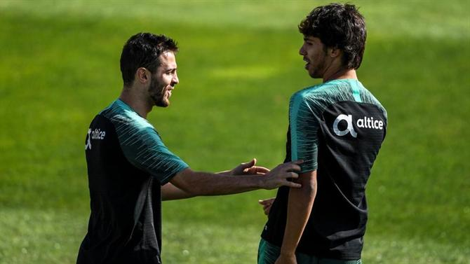 A BOLA – Exchange Bernardo Silva-João Félix in sight?  (Manchester City)