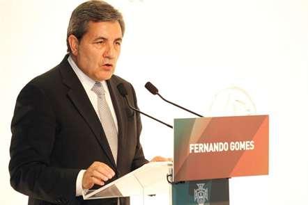 Fernando Gomes apresenta candidatura à presidência da Federação Portuguesa de Futebol, no auditório do Comité Olímpico Português, em Lisboa. (Rui Raimundo/ASF)